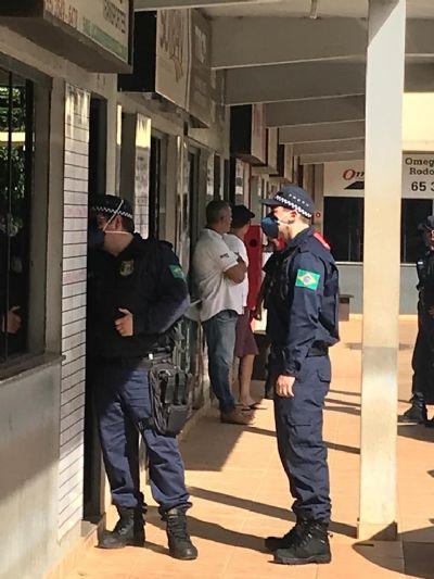 Fiscalização em transportadoras gera tumulto devido aglomeração em salas pequenas