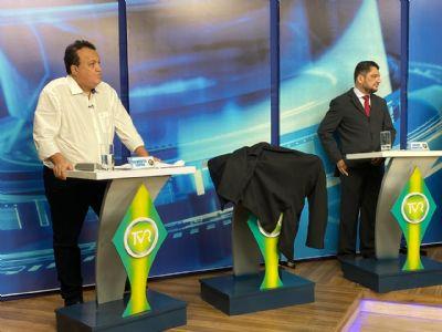 Debate na TV é marcado por ausência de Emanuel e polêmicas