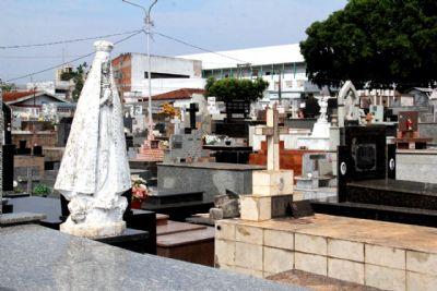 Prefeitura orienta população a realizar visitações fracionadas nos cemitérios públicos de Cuiabá