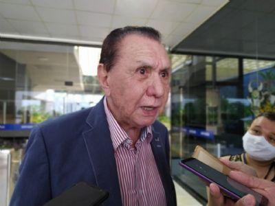 Bezerra diz que Emanuel não o procura e o aguarda decidir se deixa o MDB