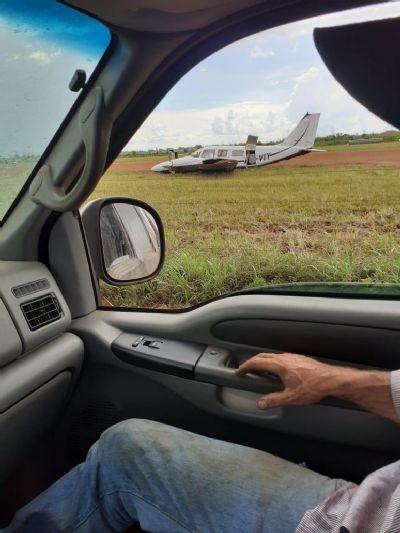 Avião faz pouso forçado em Aeroporto Municipal de Canarana; veja vídeo da queda