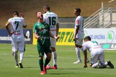 Cuiabá vence Luverdense com gol no final da partida