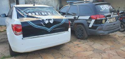 Esposa de presidiário é encontrada com carros roubados e presa por receptação