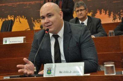 'Novo PSM está funcionando só meio período por falta de médicos', disse Abílio