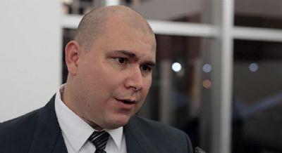 Abílio pode disputar Prefeitura com apoio de deputados