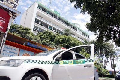 Prefeitura prorroga prazo de vencimento de taxas cobradas de taxistas e motoristas de aplicativos
