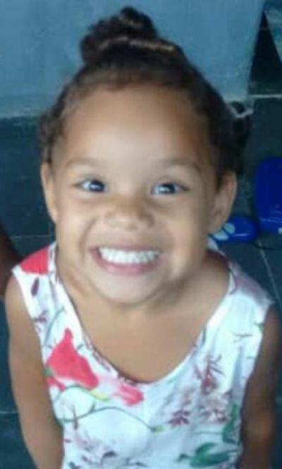 Morre menina de quatro anos baleada em festa de aniversário no RJ