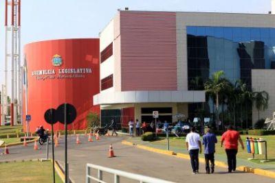 Declarado inconstitucional, Moraes nega manter altos salários de procuradores da ALMT
