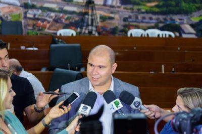 Abílio Jr cita plano de concessão de áreas públicas para enxugar a máquina em reunião com empresários