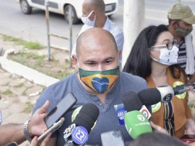 Abílio crítica postura de Pinheiro e garante participação efetiva de Wellaton se eleito