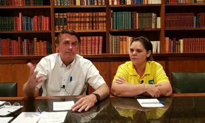 Às vésperas da eleição, Bolsonaro participa ao vivo de carreata da coronel Fernanda