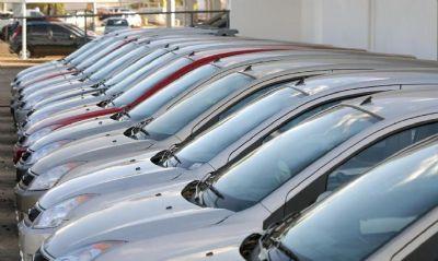 Anfavea: produção de veículos cai 32% em julho em relação a 2019
