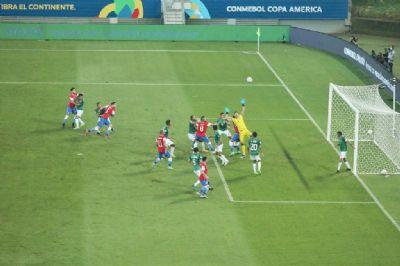 Chile leva a melhor no segundo jogo da Copa América em Cuiabá