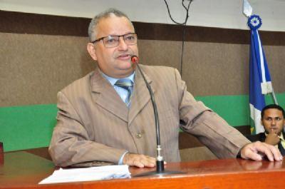 Misael aguarda permissão do TRE para mudar de partido