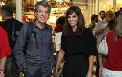 Maria Ribeiro, ex-mulher de Paulo Betti, e mais artistas dão apoio ao ator - que está sendo processado por injúria racial
