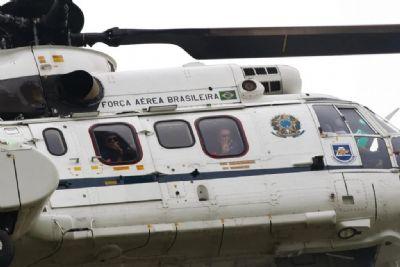 Video | Bolsonaro sobrevoa de helicóptero manifestação na Esplanada