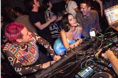 Fã questiona religiosidade de Marquezine após festa com funk, e atriz rebate: 'Não é tarefa sua'