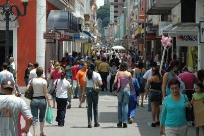 Associação Comercial de Cuiabá e Jovens Empreendedores realizam Feirão do Imposto