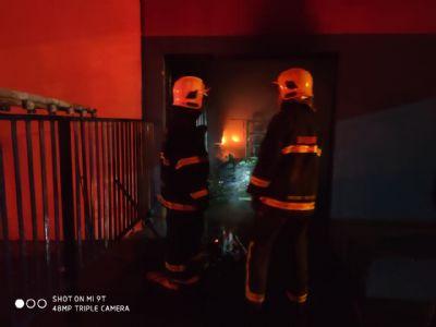 Incêndio atinge loja de utensílios domésticos pela segunda vez