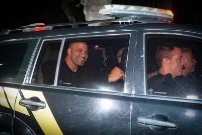 Cinco deputados de MT votam a favor da prisão de Daniel Silveira - saiba quem