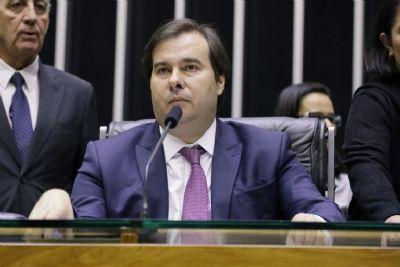 Rodrigo Maia defende reforma tributária para combater desigualdade