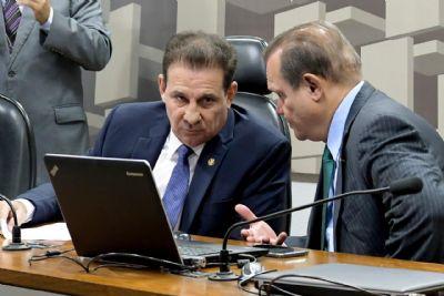 Senado decide repasse direto de verbas aos Estados e municípios por emendas