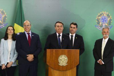 Bolsonaro diz que há 99% de chance de F-1 ir para o Rio