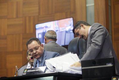 Botelho admite vontade de continuar presidente, mas vai considerar avaliação dos colegas