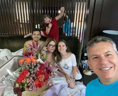 Família Mendes testa negativo