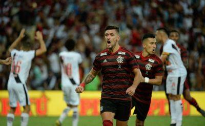 Embalado, Fla pega o Peñarol em busca de topo isolado do Grupo D da Libertadores