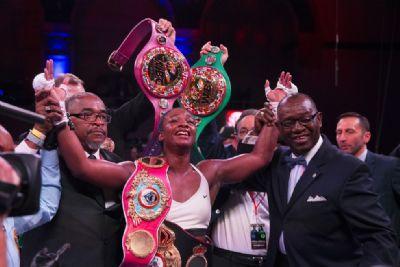Multicampeã de boxe, Claressa Shields tem estreia marcada no MMA