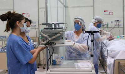 Brasil registra 72 mil casos e 2,6 mil mortes em 24 horas