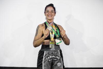 Atleta cuiabana campeã mundial, disputa título inédito no Brasileiro de Muay Thai