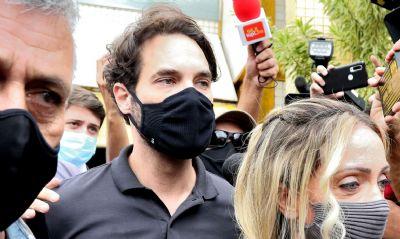 Polícia indicia Dr.Jairinho e Monique pela morte de Henry