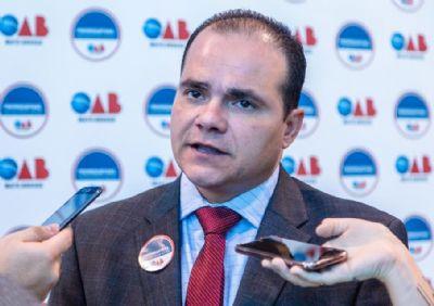 Presidente da OAB-MT analisa batalha de decretos e vê falta de educação da população que aglomera