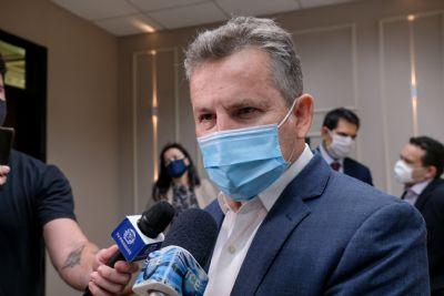 Mauro mantém educação como essencial, mas veta obrigação de vacina para retorno presencial