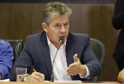 Mauro cita baixa arrecadação e não descarta atraso em salários dos servidores