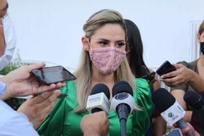 'Emanuel fez o mínimo ao pedir vacinas em troca da Copa', avalia vereadora