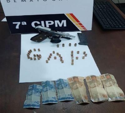 Dupla é presa com pistola e 39 munições em Jaciara