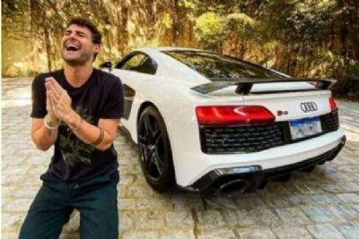 Youtuber pede ajuda de seguidores para nomear carro de R$ 1,4 milhão