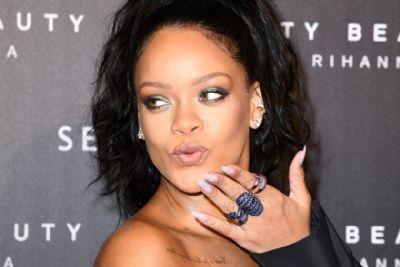 Rihanna é envolvida no barraco entre Ludmilla e Anitta. Entenda
