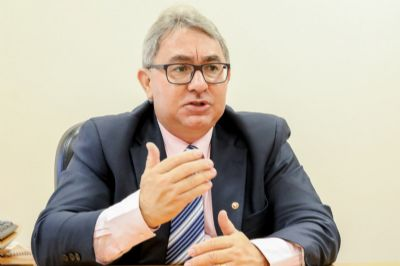 MP quer proibir festas e eventos de fim de ano em Cuiabá e VG