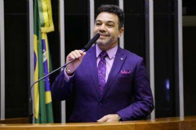 Podemos expulsa Feliciano por causa de tratamento dentário de R$ 157 mil