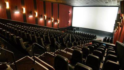 Casas de shows, cinemas, quadras poliesportivas e atividades coletivas estão suspensas em Cuiabá