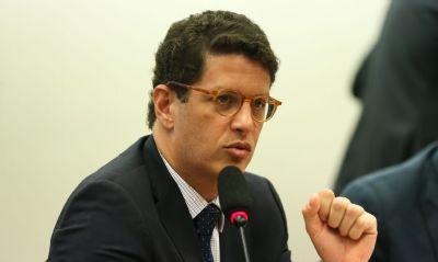 Salles demite chefias do Ibama no Amazonas, Bahia, Paraíba e Tocantins