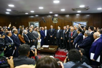 Pacto federativo pode transferir até R$ 500 bi a estados e municípios