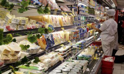 Governo de MT estende horários para supermercados e restaurantes