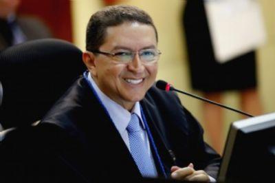 TCE deve investigar decisão de Albano que se baseou em documentos inexistentes e 'legalizou' fraude