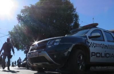 PM prende suspeito por ameaçar ex com pedaço de madeira