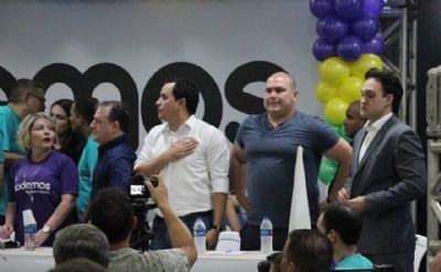 Oposição em peso no Podemos